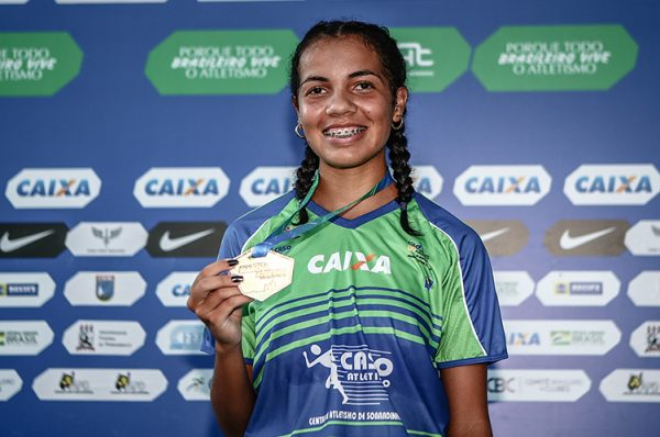 Gabriela Muniz é destaque sub-20 na marcha atlética