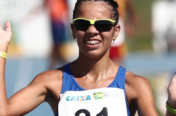 EM BRAGANÇA – Gabriela Muniz leva ouro na marcha atlética